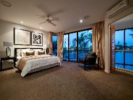 Bedroom 3-990.jpg