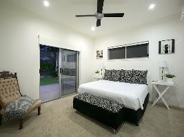 Bedroom 3-998.jpg