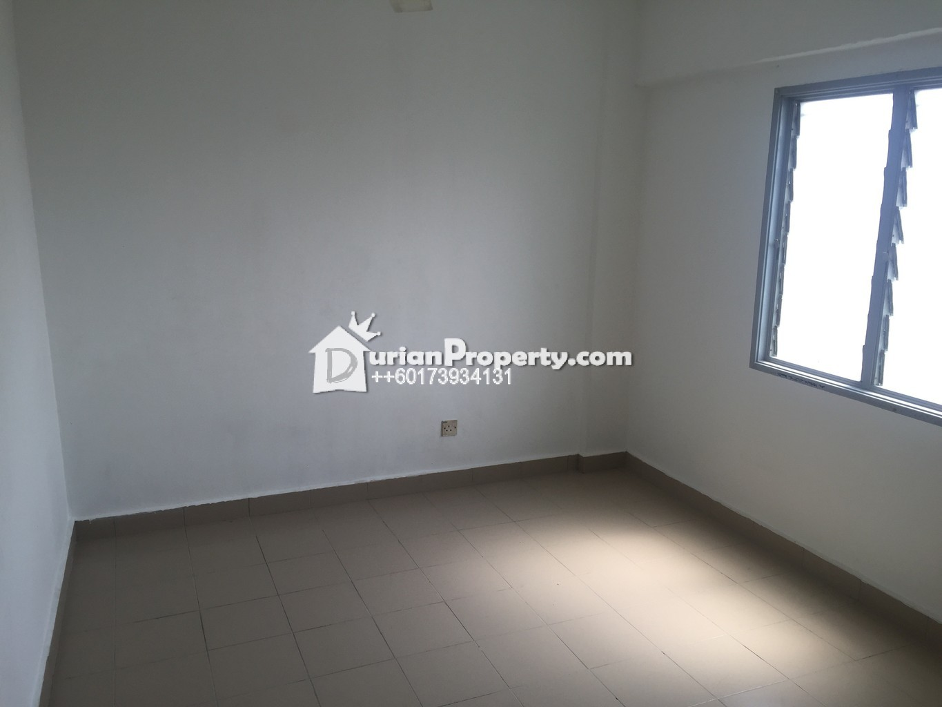 Apartment For Sale at Sri Rakyat Apartment, Bukit Jalil