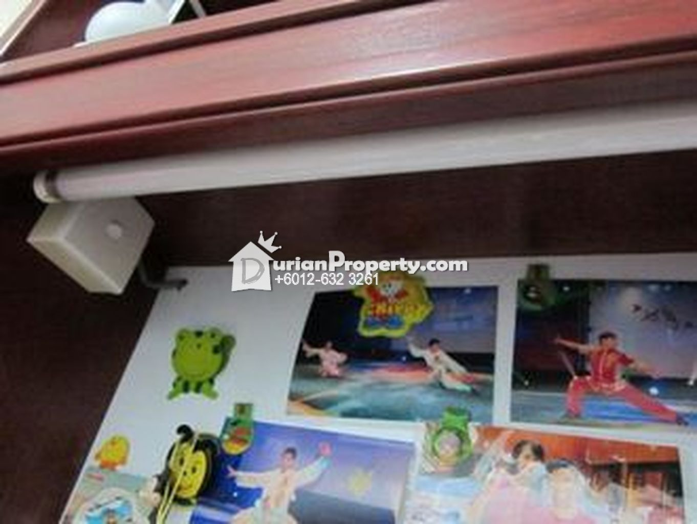 Children study cabinet For Sale
