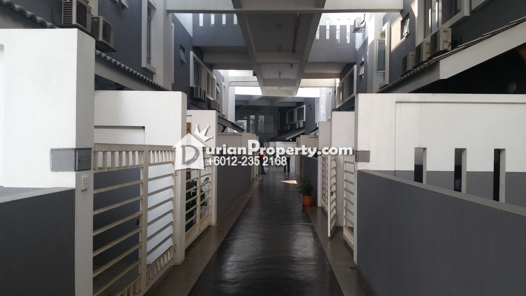 Townhouse For Sale at Lagoon Villas, Kota Kemuning