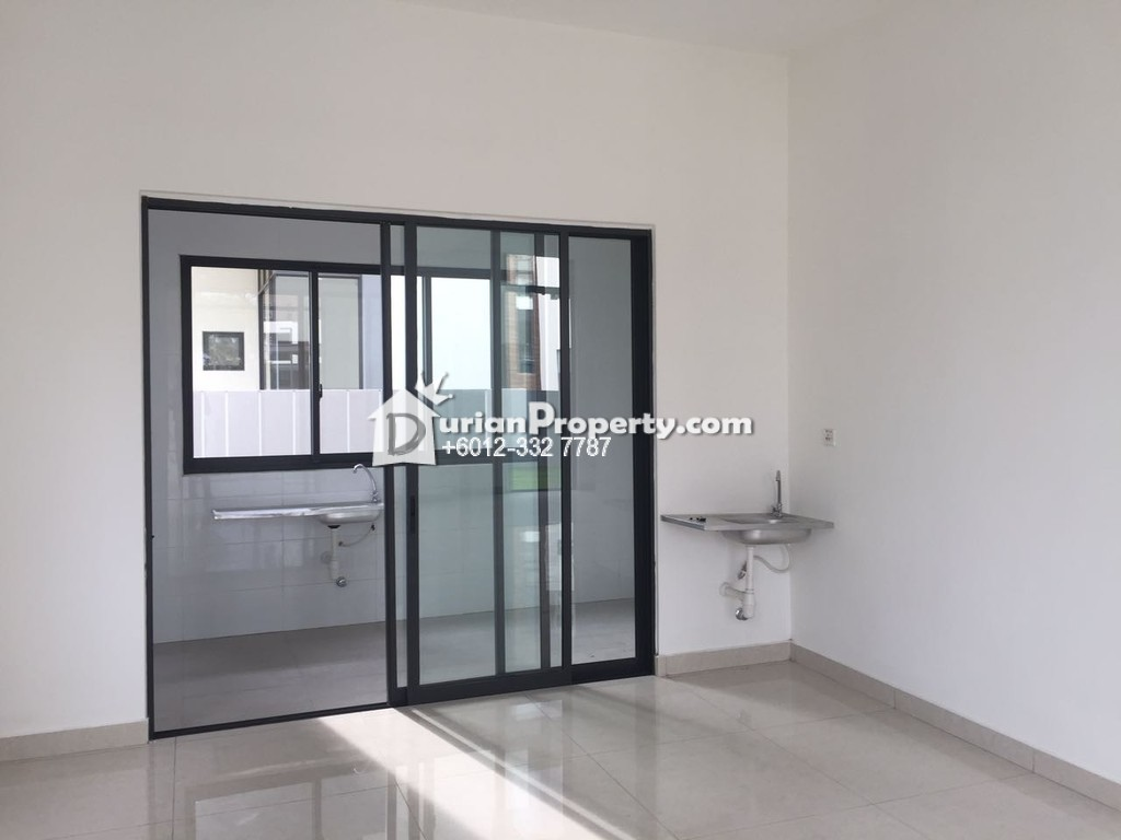 Bungalow House For Sale at Home Tree @ Long Branch Residences, Kota Kemuning