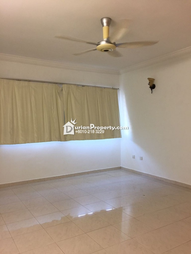 Terrace House For Sale at Taman Seri Taming, Bandar Tun Hussein Onn