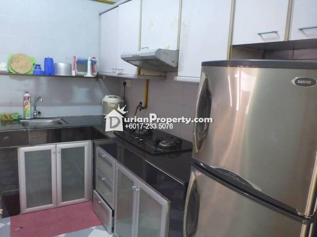 Villa Putra Room For Rent