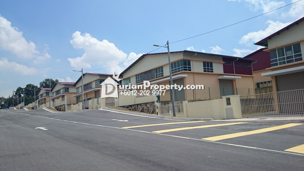Semi-D Factory For Sale at Taman Rawang Perdana, Rawang