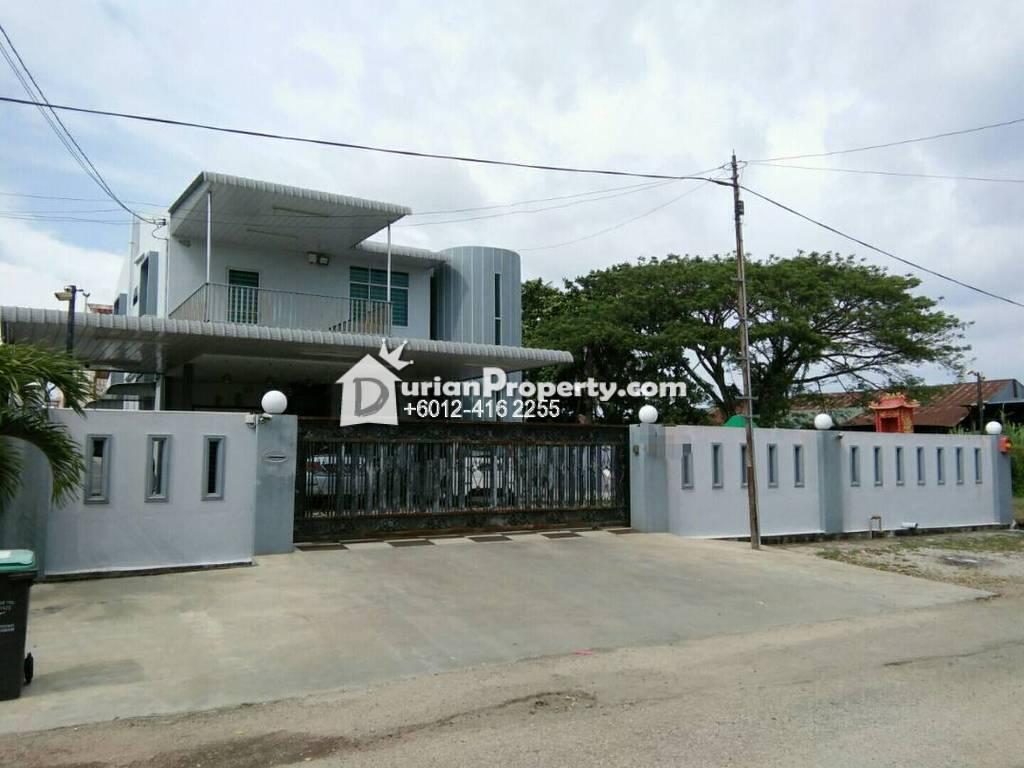 Bungalow house for sale at taman kampung raja sungai for Bungalow house for sale