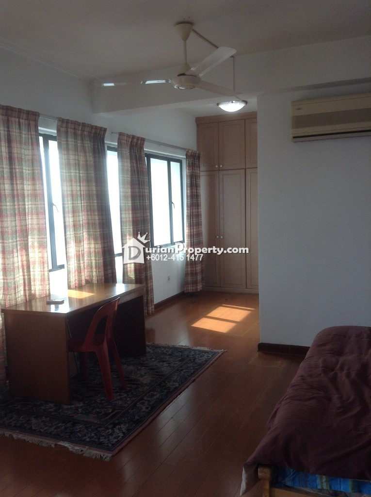 Bistari Condo Room For Rent