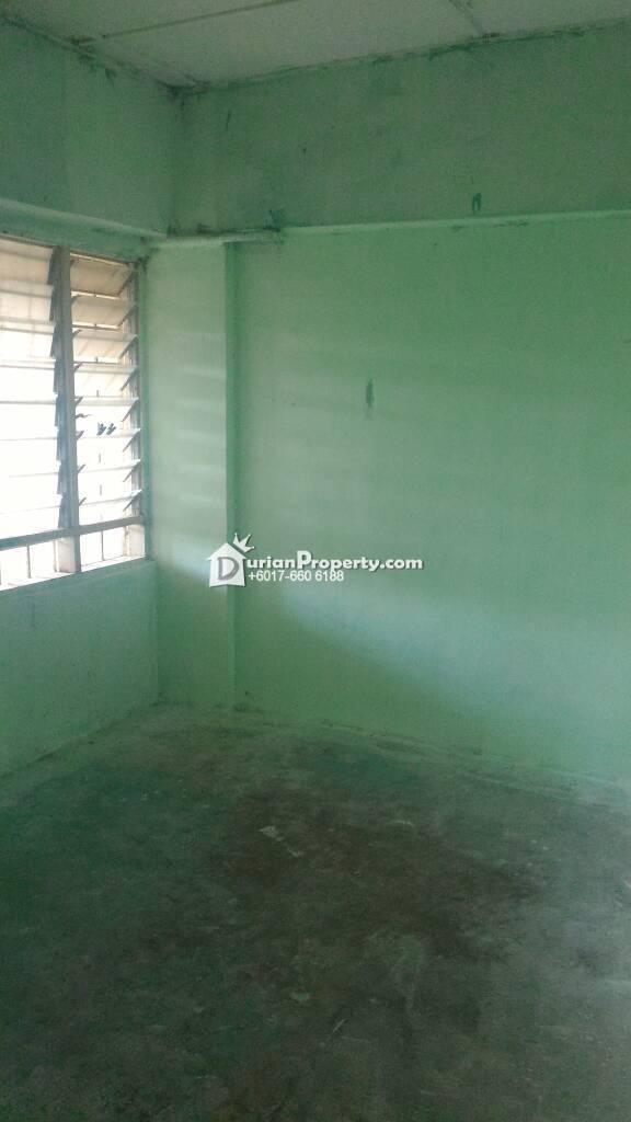 Apartment For Sale at Section 3, Bandar Mahkota Cheras