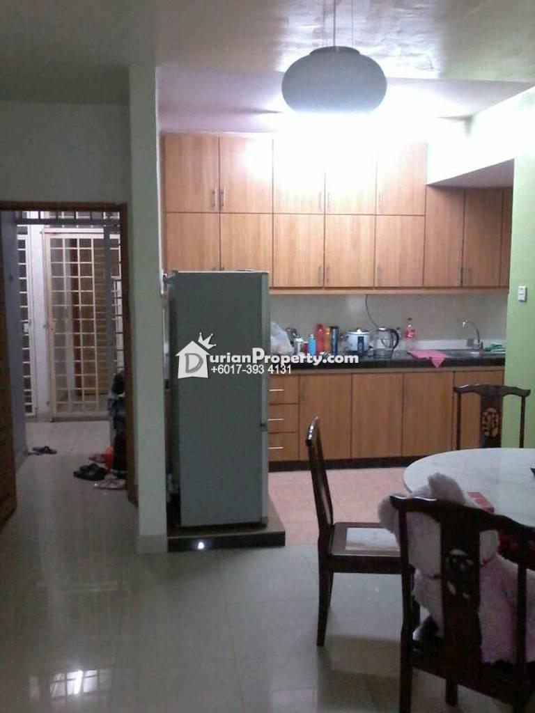 Condo For Sale at Bayu Tasik 1, Bandar Sri Permaisuri