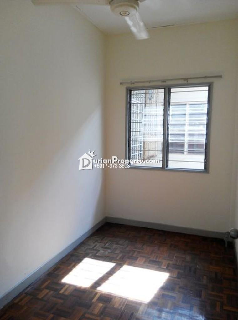 Apartment For Sale at Pangsapuri Sri Kemuning, Kota Kemuning