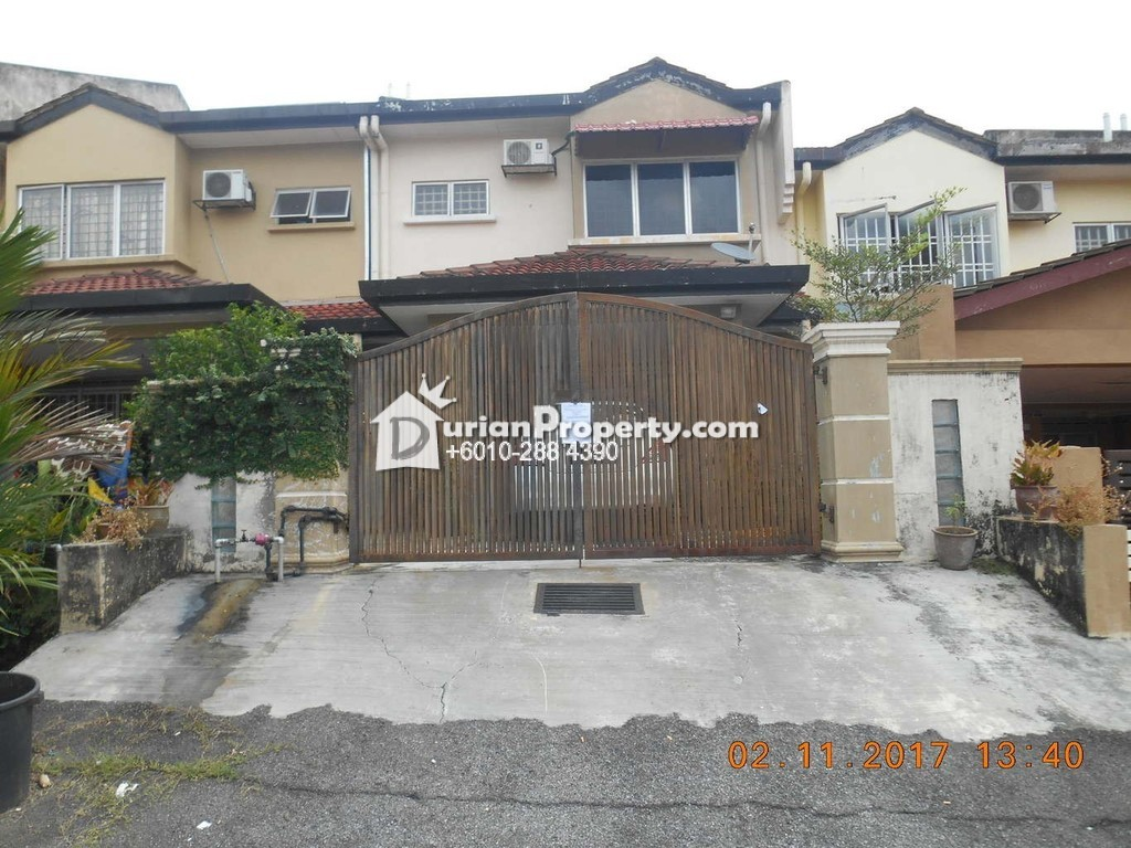 Terrace House For Auction at Taman Puncak Jalil, Bandar Putra Permai