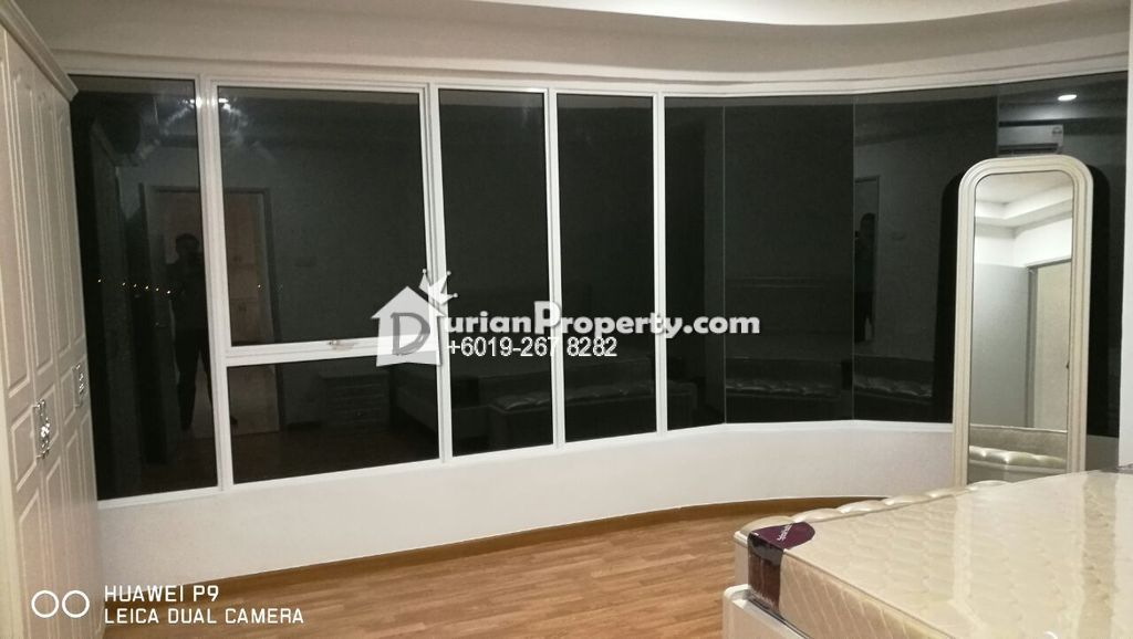 Green Beverly Hills Room For Rent