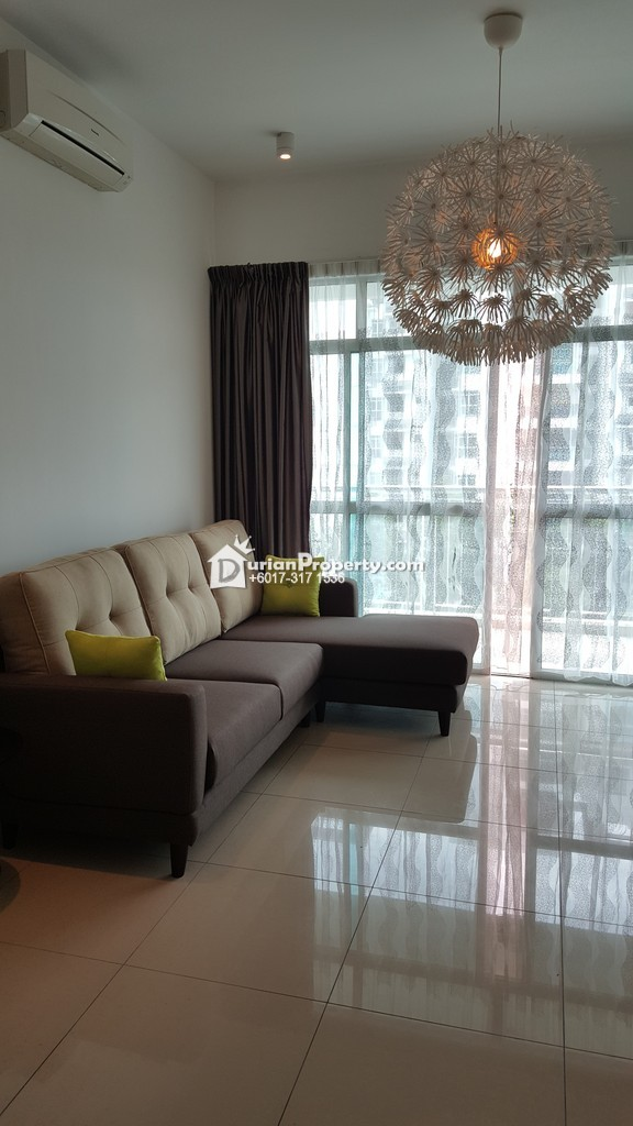 Amaya Saujana Room For Rent