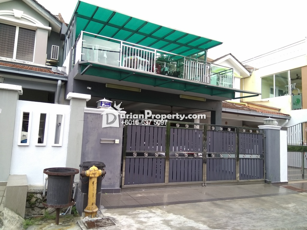 Terrace House For Sale at Taman Putra Budiman, Balakong