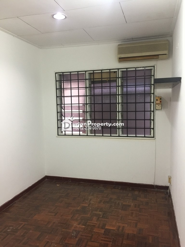 Terrace House For Sale at SS7, Kelana Jaya