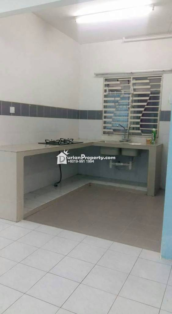 Villa Tropika Bangi Room For Rent