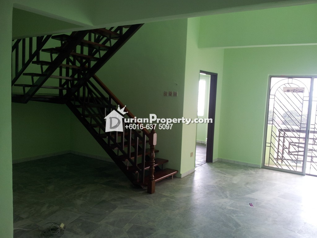 Penthouse For Sale at Pelangi Court, Klang