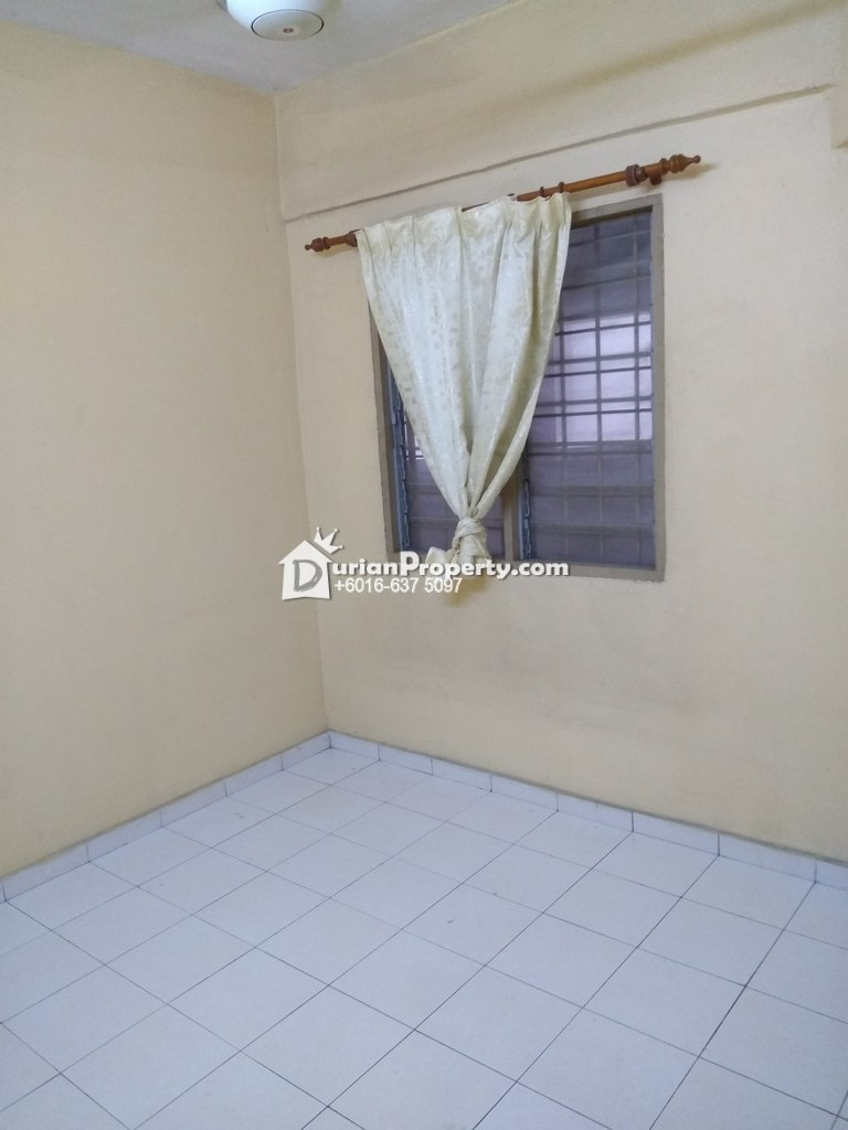 Apartment For Sale at Pangsapuri Suria Avenue, Section 16