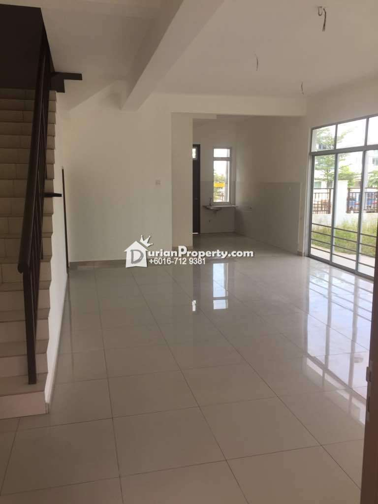 Terrace House For Sale at Maya Height, Bandar Seri Alam