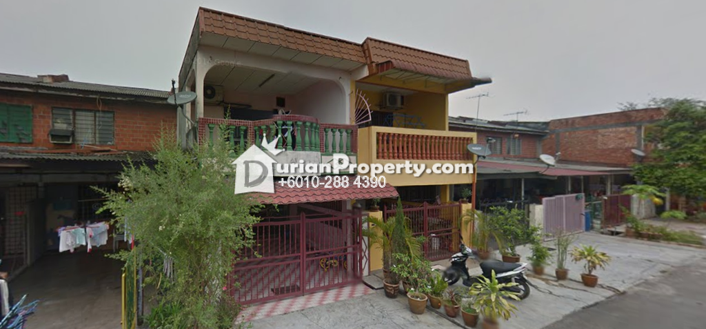Terrace House For Auction at Taman Seri Jaromas, Jenjarom