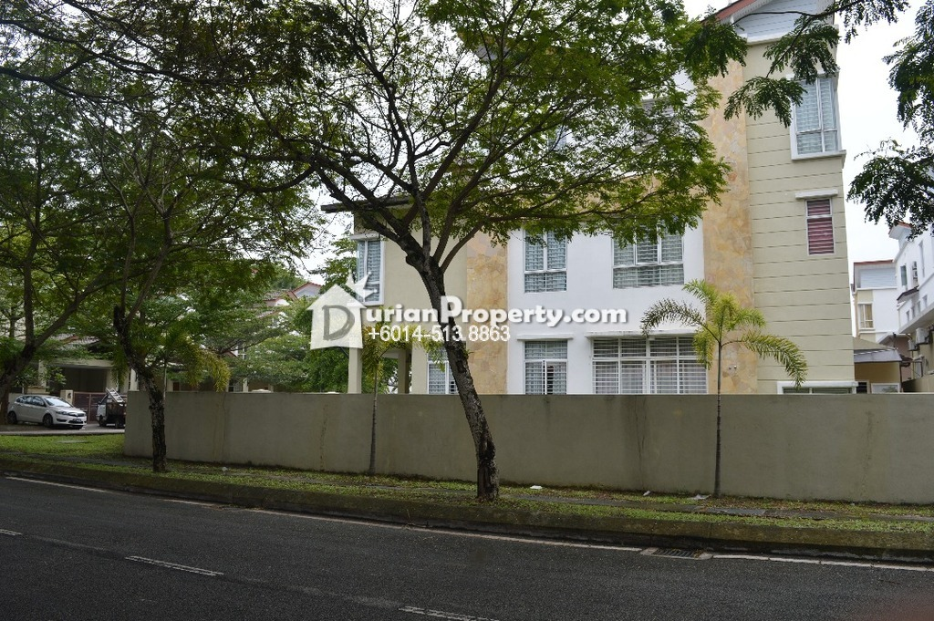 Bungalow House For Sale at Section 4, Shah Alam