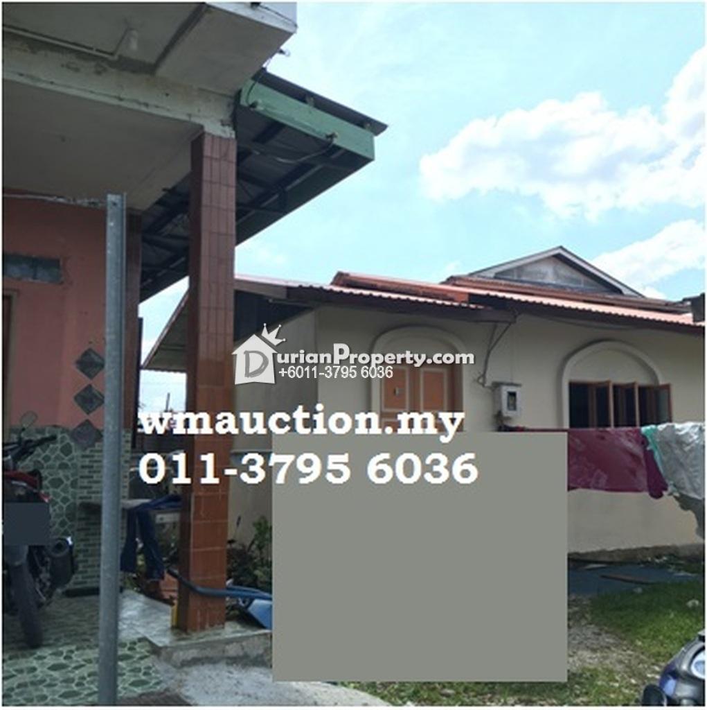 Bungalow House For Auction at Kampung Bintawa Ulu, Kampung Semarang