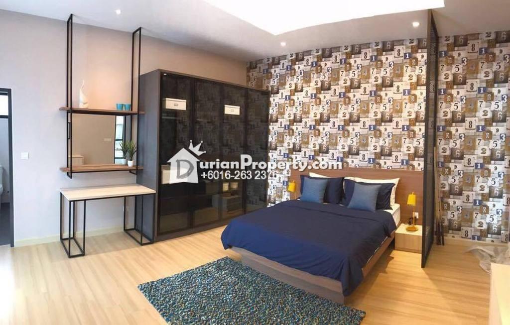 Bungalow House For Sale at Seksyen U10, Shah Alam