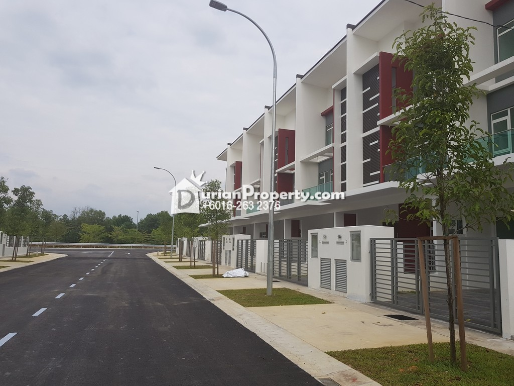 Superlink For Sale at Taman Amanputra, Puchong