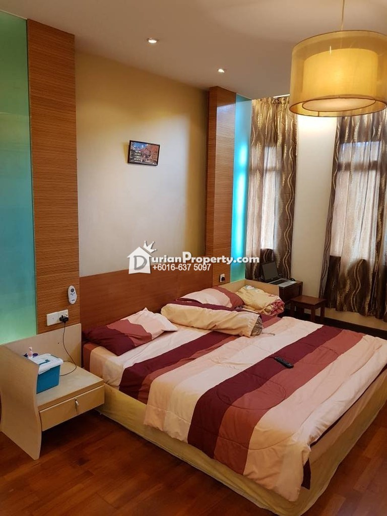 Bungalow House For Sale at Aman Perdana, Klang