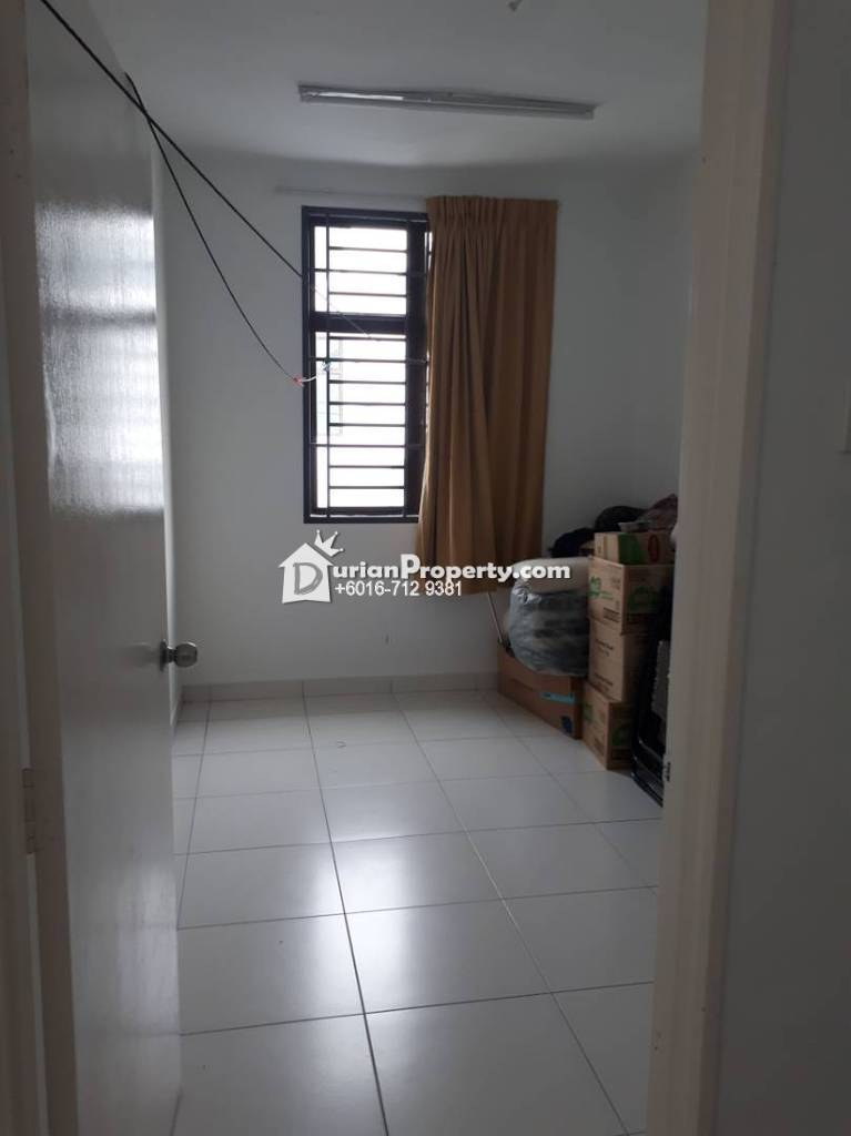 Terrace House For Sale at Taman Pulai Hijauan, Kangkar Pulai