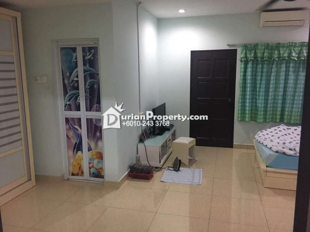 Terrace House For Sale at Bandar Pinggiran Subang, Subang