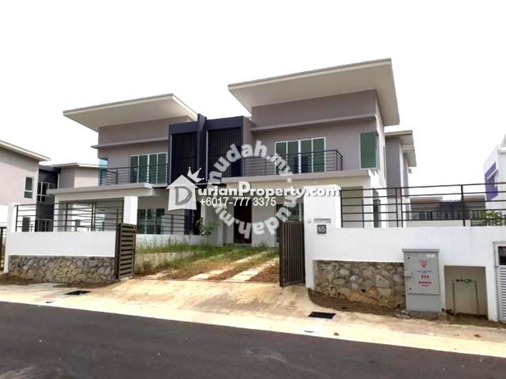 Semi D For Rent at Pelangi Heights, Mantin