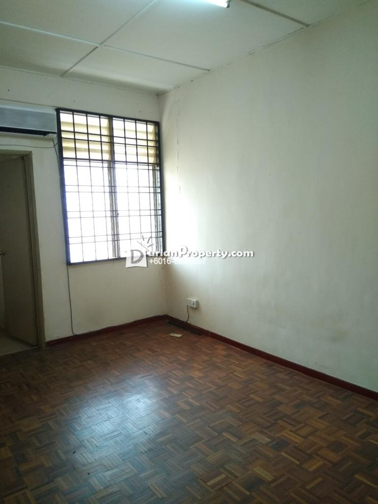 Terrace House For Rent at Taman Koperasi Cuepacs, Bandar Sungai Long