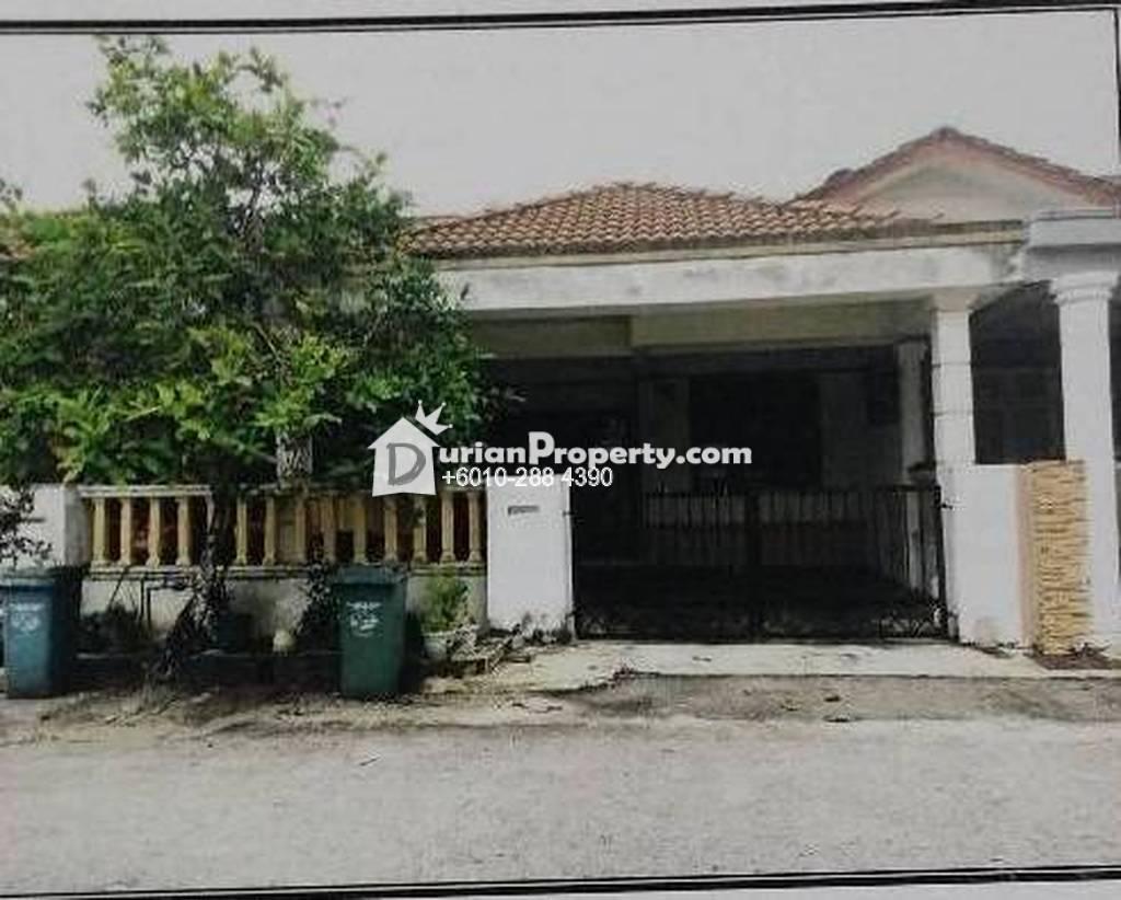 Terrace House For Auction at Bandar Indera Mahkota, Kuantan