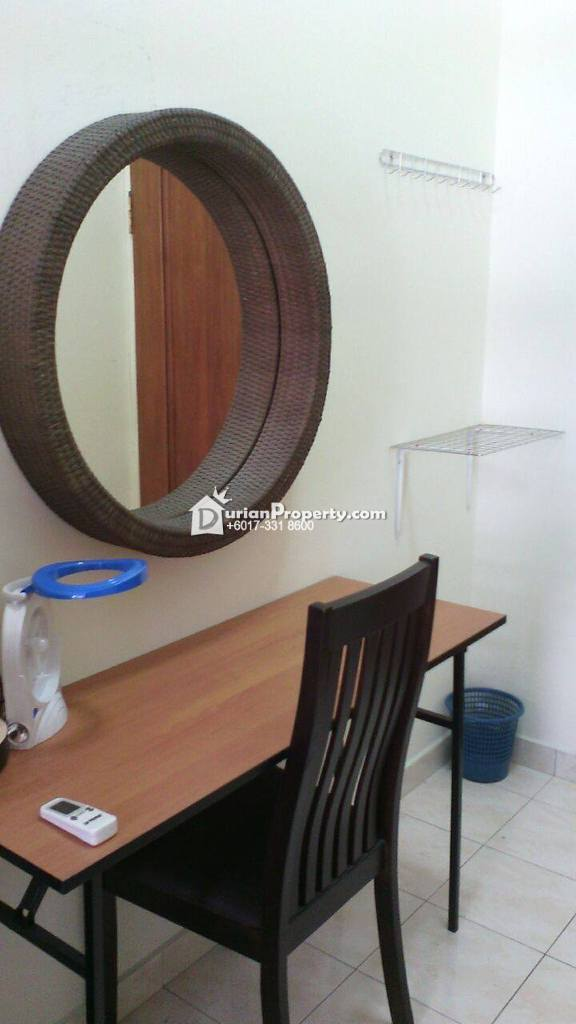 Condo Room for Rent at Villa Putera, Putra