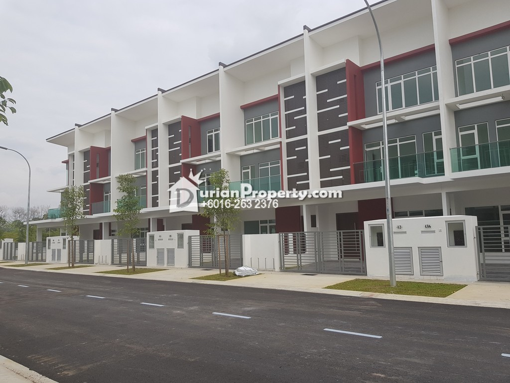 Superlink For Sale at Bandar Nusaputra, Puchong