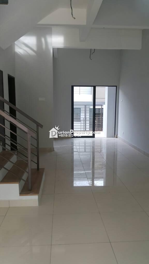 Terrace House For Sale at Bandar Utama Batang Kali, Selangor