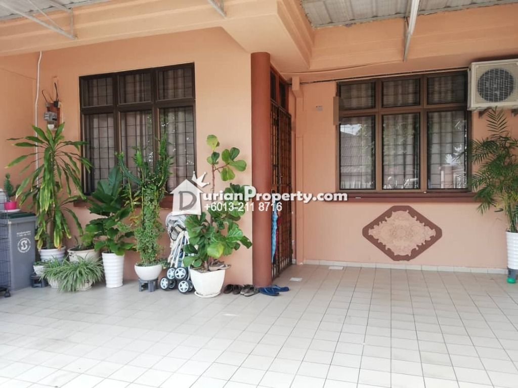 Terrace House For Sale at Taman Daya, Tebrau