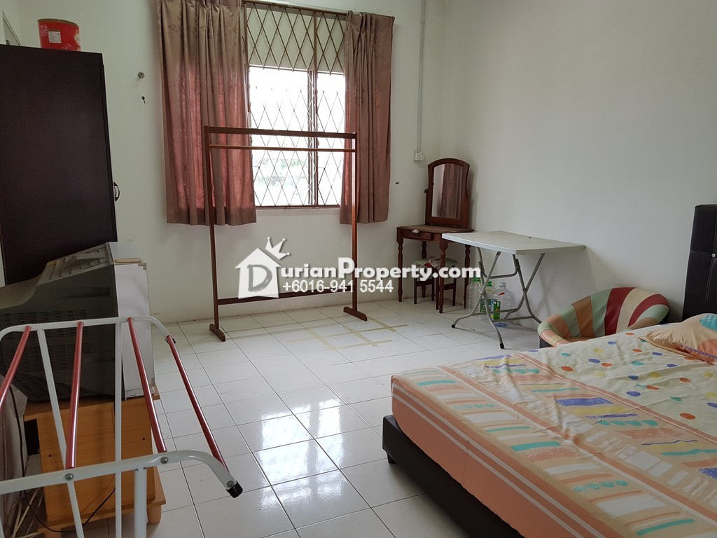 Terrace House For Sale at Taman Sri Kuantan, Kuantan