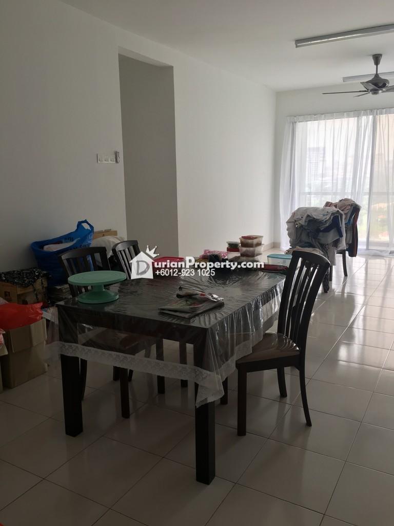 Condo For Sale at Villa Laman Tasik, Bandar Sri Permaisuri