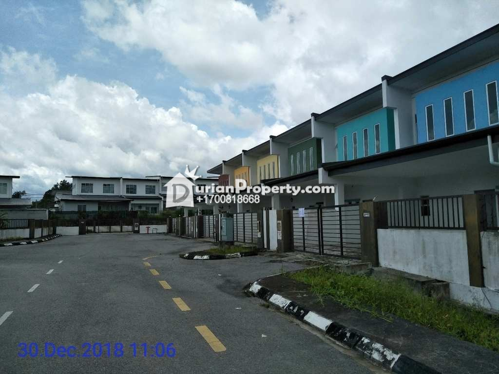 Terrace House For Auction at Tondong Heights, Kuching