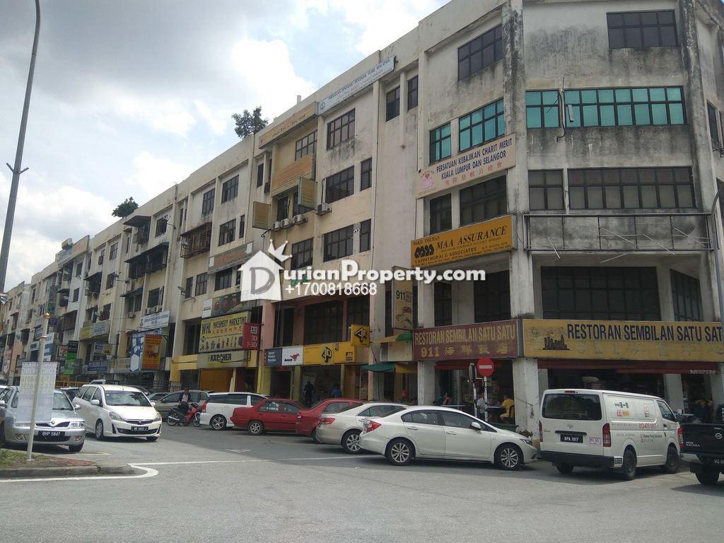 Apartment For Auction at Taman Sri Batu Caves, Batu Caves