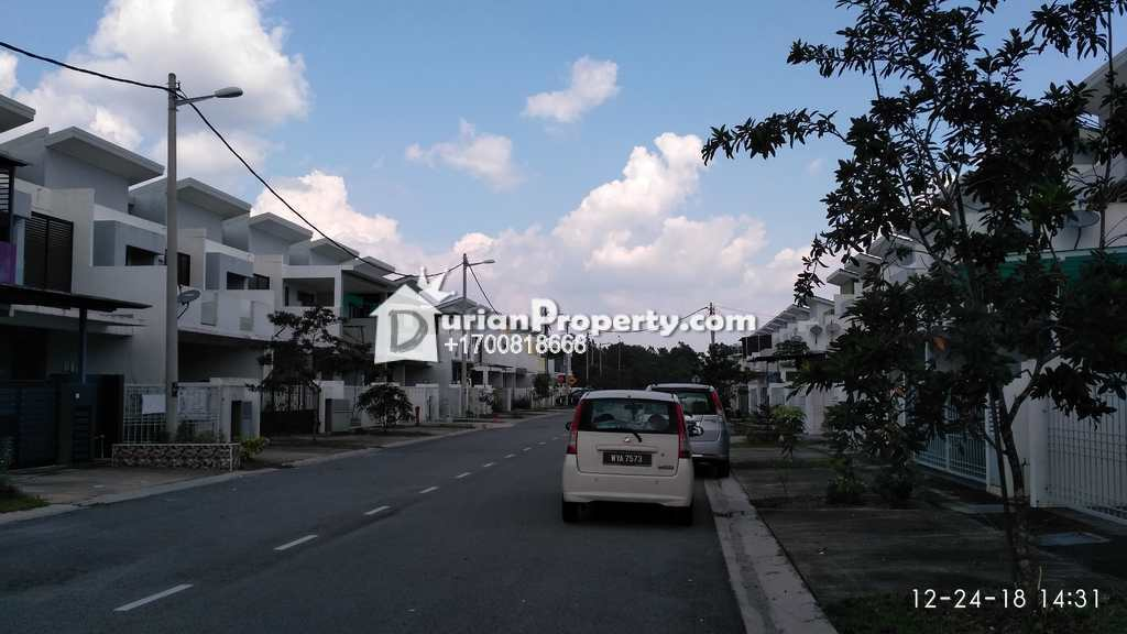 Terrace House For Auction at Saujana Rawang, Rawang