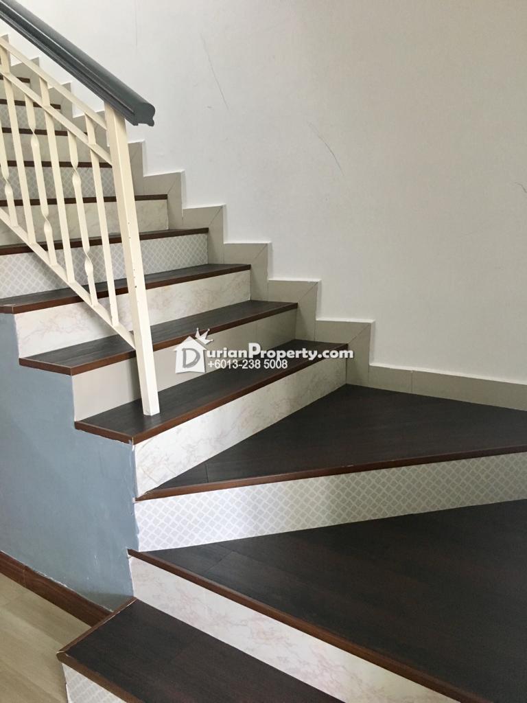 Terrace House For Sale at Taman Seri Ijok, Batang Berjuntai