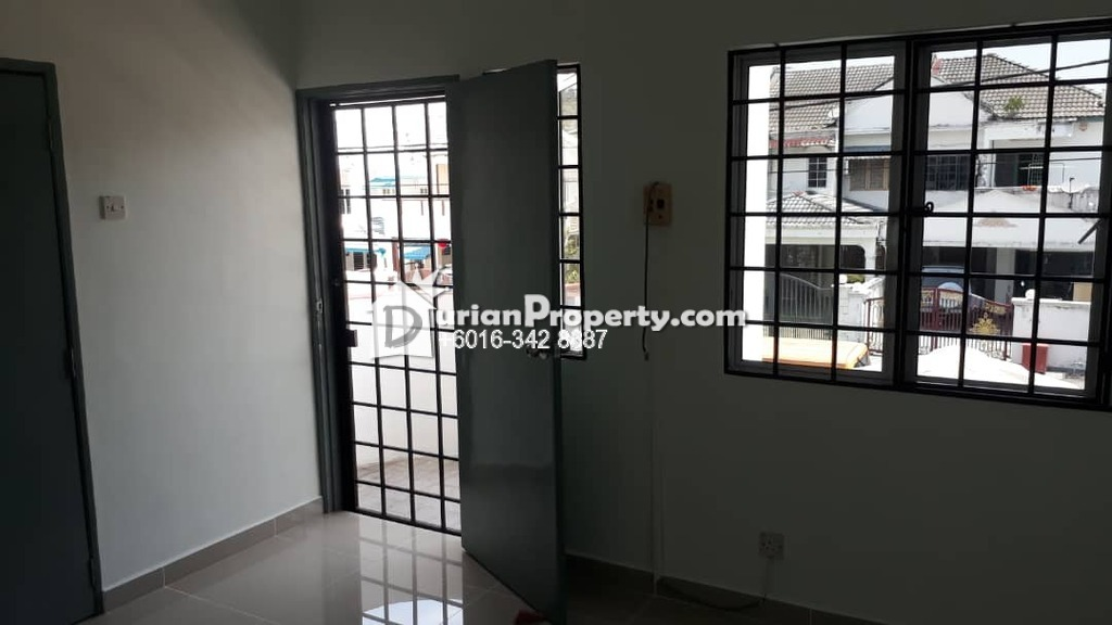 Terrace House For Rent at Jalan Puchong, Puchong