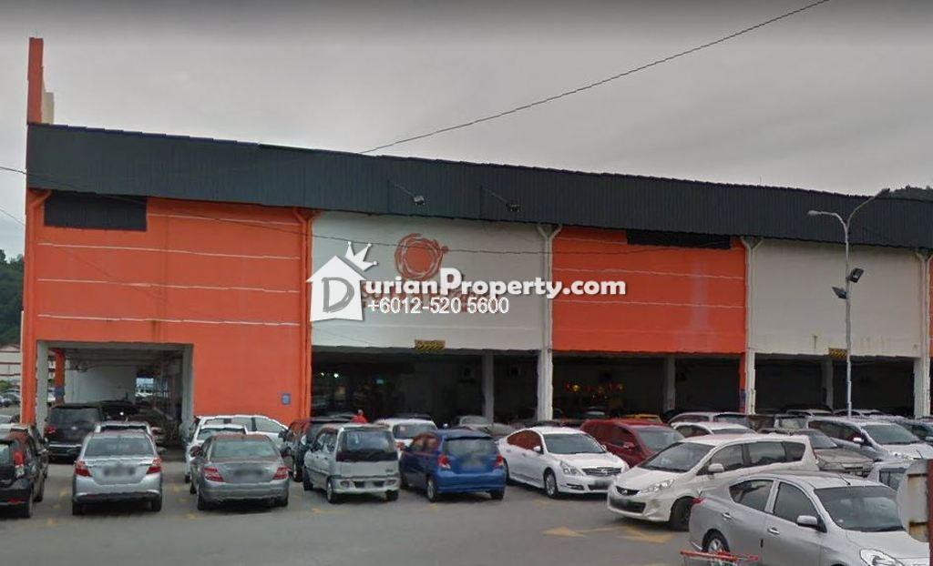 Shop For Auction at Desa Permata, Farlim