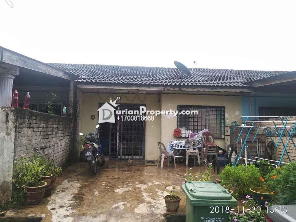 Terrace House For Auction at Kampung Padang, Kuantan