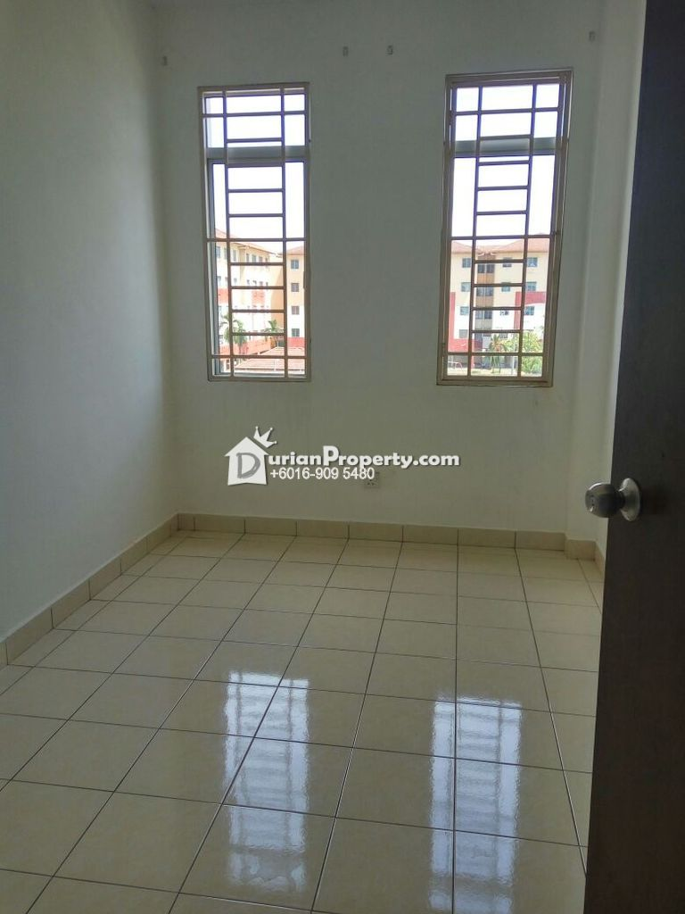 Apartment For Rent at Seri Kejora Apartment, Subang Bestari