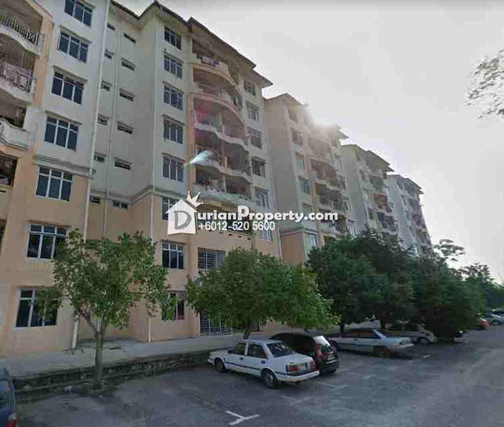 Apartment For Auction at Cempaka Court, Putra Nilai