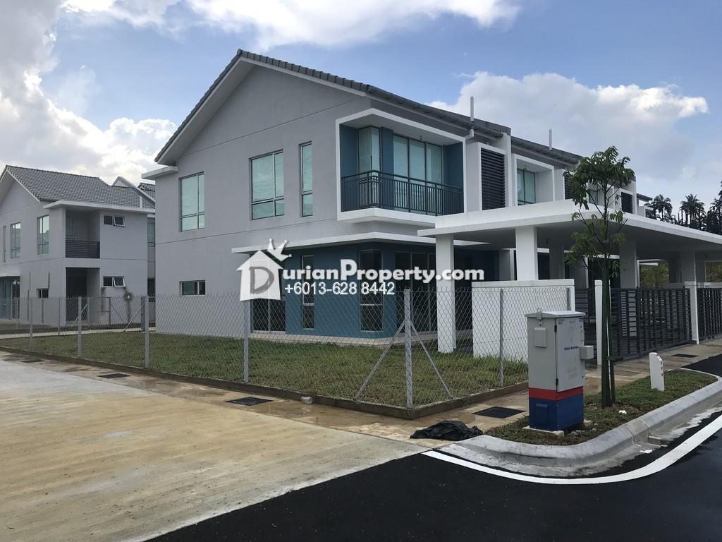 Townhouse For Rent at Kota Seriemas, Nilai